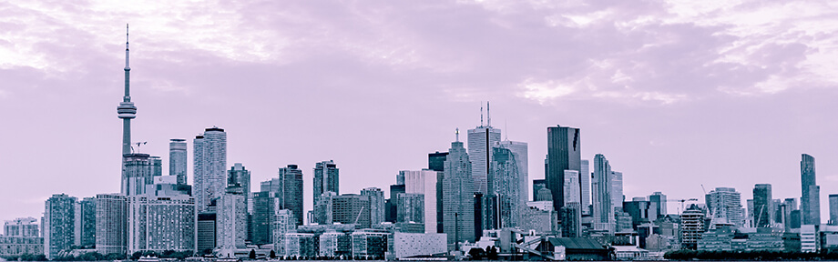Th Toronto skyline - the perfect view for your commute